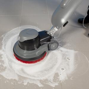 Размывка полов роторной машиной