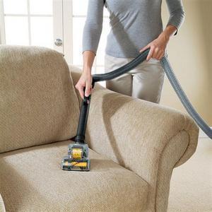 Химчистка диванов - необходимость